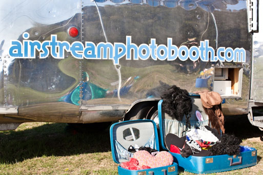 Airstream-Photo-Booth-Props-31pp_w875_h583