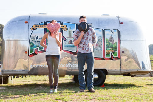 Airstream-Photo-Booth-for-Weddings-21pp_w875_h583
