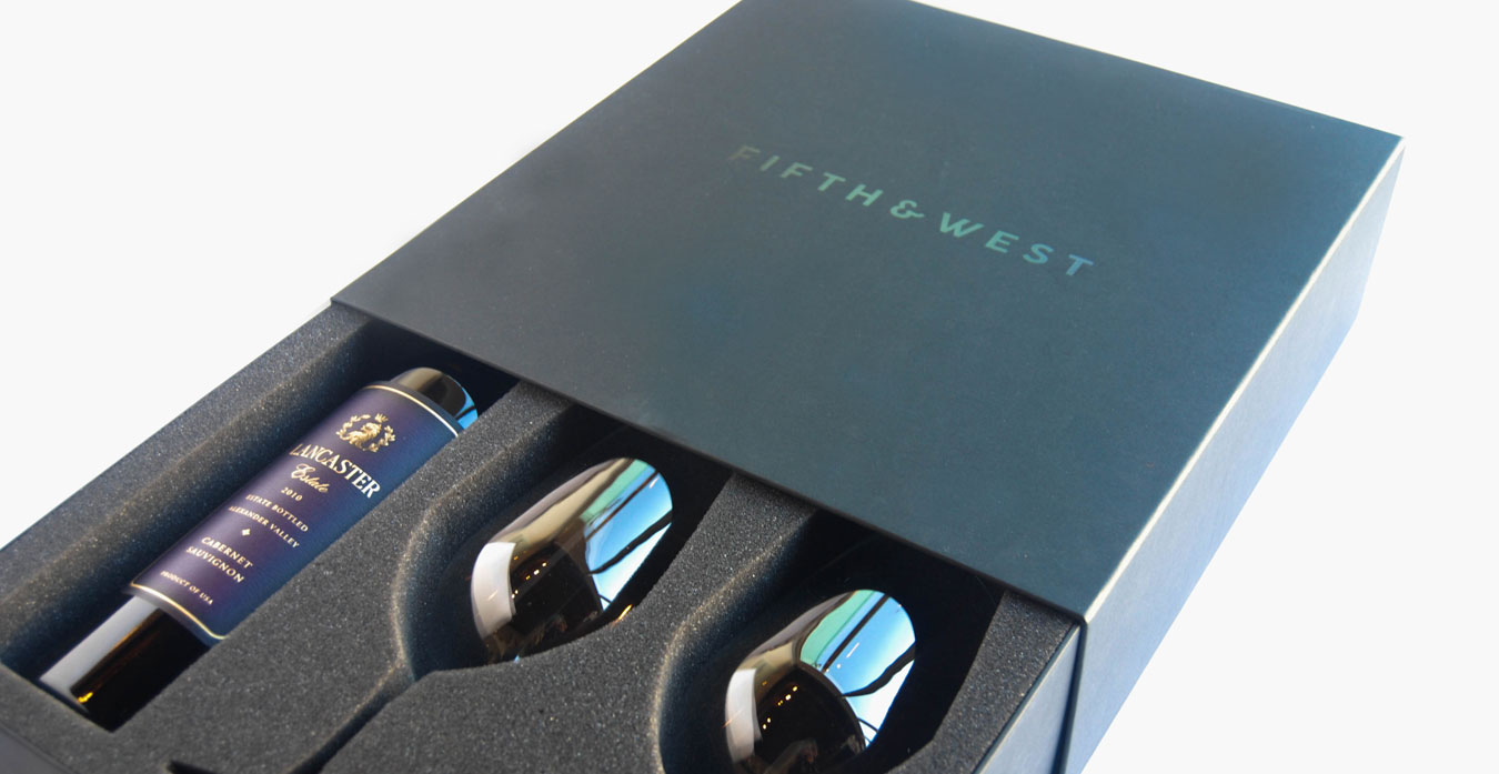 Portfolio_FifthandWest_wine_gift